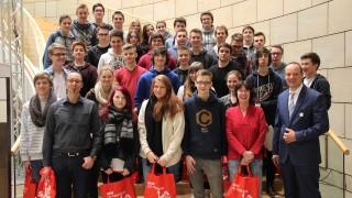 Schüler des Dietrich-Bonhoeffer-Gymnasium Wiehl besuchten Dr. Adelmann